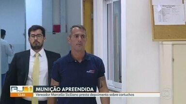 Vereador Marcello Siciliano, do PHS, presta depoimento sobre munição achada na casa dele - Vereador disse que pratica tiro esportivo
