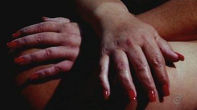 Lei do Minuto Seguinte garante tratamento a vítima de violência sexual em hospitais - A violência sexual contra as mulheres é um dos crimes mais comuns no país. Só no Estado de São Paulo, foram registrados mais de mil casos em 2018.O trauma é muito grande para quem passa por isso e existe uma lei que garante atendimento médico para essas vítimas em todos os hospitais públicos, antes mesmo delas registrarem ocorrência.
