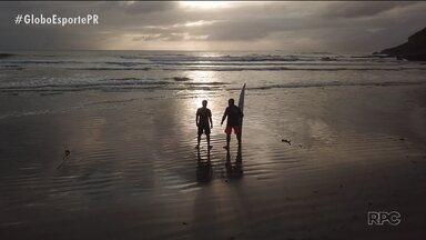 Wanderlei Silva vs. Serginho Laus: lutador e surfista nas ondas da Ilha do Mel - Wanderlei Silva vs. Serginho Laus: lutador e surfista nas ondas da Ilha do Mel