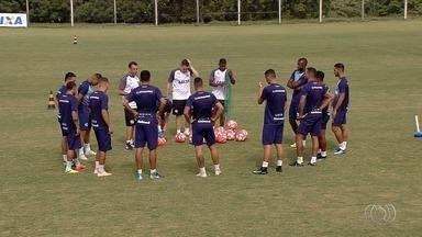 Ainda sem todos os reforços, Goiás se reapresenta e inicia pré-temporada - Verdão volta aos treinos e inicia a preparação para o Campeonato Goiano