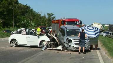 Motorista que provocou acidente na BR-277 presta depoimento - O estado de saúde do bebê de 2 anos, vítima do acidente, continua internado em estado grave.