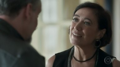 Valentina mente para justificar a ida de Marilda a São Paulo - Mas Eurico decide buscar a esposa na casa da cunhada