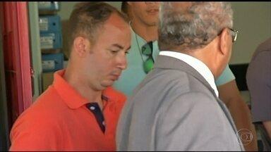 Está preso o homem flagrado agredindo a mulher dentro do elevador em Valparaíso de Goiás - Ela não quis registrar queixa. Mesmo assim, a polícia é obrigada a investigar
