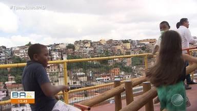 Governo do estado entrega obra de contenção de encosta no bairro do Alto do Peru - Os moradores estão aliviados após as reformas.