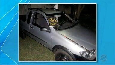 Homens são presos com droga escondida em fundo falso de carro - Prisão foi na cidade de Paranhos, na fronteira com o Paraguai.