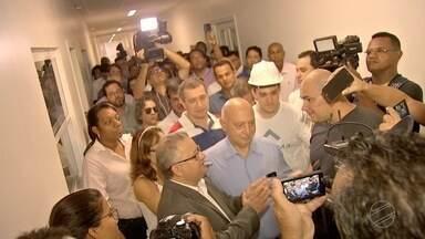 Vereadores e imprensa visitam prédio inacabado do Hospital Municipal de Cuiabá - Vereadores e imprensa visitam prédio inacabado do Hospital Municipal de Cuiabá.