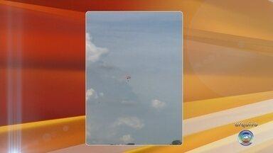 6e04a6ca4 Laudo aponta falha no equipamento de paraquedista que morreu durante salto  em Boituva