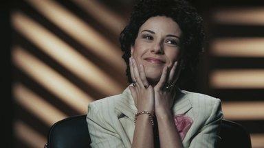 Episódio 1 - Com o dinheiro contado, Elis chega ao Rio, onde tenta se firmar como cantora. Após algumas investidas malsucedidas, ela dá a volta por cima conquistando fama e dinheiro.