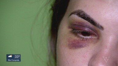 Mulher é agredida pelo marido em uma casa noturna de Bertioga - A vítima registrou boletim de ocorrência contra o marido, que está foragido.
