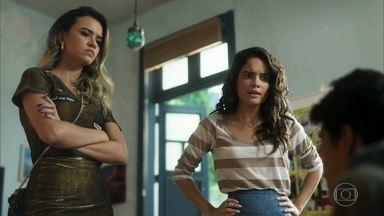 Vera Lúcia e Paulina repreendem Lalá - Lalá parece não se importar com as consequências