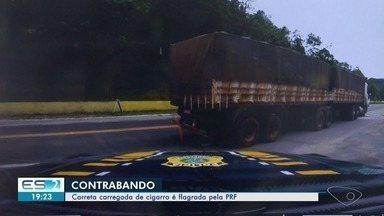Contrabando de cigarro avaliado em R$ 2 milhões é descoberto pela polícia no ES - A apreensão da Polícia Rodoviária Federal aconteceu em Marechal Floriano, no início da tarde desta quarta-feira (9).