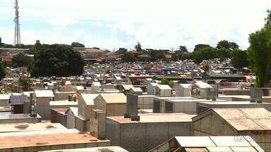 Maior cemitério público de Londrina está sem vagas para novos jazigos - No Jardim da Saudade, na zona norte da cidade, não há mais espaço.