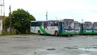 Apenas 30% dos ônibus circulam em Rio Grande por conta de greve - Trabalhadores reclamam de atraso no pagamento dos salários.