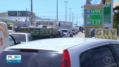 Preço da gasolina em Cabo Frio é a segunda mais cara do Estado do Rio - Assista a seguir.