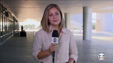 Bolsonaro vai assinar mudanças que flexibilizam a posse de armas no país - O decreto vai facilitar o porte de armas mas não modifica as condições para as pessoas levarem as armas na rua.