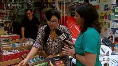Pais economizam até 70% comprando livros escolares usados - Repórter mostra sebo que comercializa livros didáticos já usados, mas em ótimo estado. Também é possível realizar trocas que não envolvem dinheiro