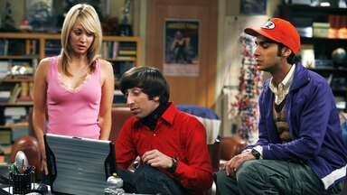 Piloto - Leonard se interessa pela nova vizinha, Penny. Mas, Sheldon acha que seu amigo persegue um sonho quenunca vai ser realizado.