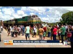 Ferrovia Vitória-Minas é liberada após protestos de pescadores - A Vitória-Minas foi liberada após decisão da Justiça, na noite desta terça (15).