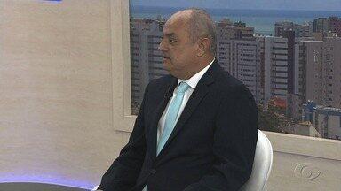 Advogado esclarece dúvidas jurídicas de moradores do Pinheiro - Especialista em direito imobiliário Anthony Lima explica quais os direitos dos moradores de imóveis que têm rachaduras.