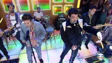 Jão e a banda Lagum cantam 'Céu Azul' - Confira