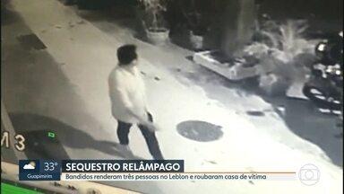 Região da Rua Dias Ferreira, no Leblon, vira alvo de sequestros - A polícia está atrás de uma quadrilha que faz sequestros-relâmpagos no Leblon, na Zona Sul. Três pessoas foram abordadas na rua e levadas para o apartamento de uma das vítimas, onde os bandidos fizeram a limpa.