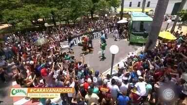 Caravana Globo Esporte agita praça de Sorocaba - Caravana do GE faz a última parada na cidade