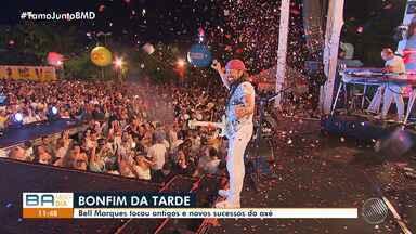 Cantores realizam shows no dia da Lavagem do Bonfim, em Salvador - O cantor Thiaguinho trouxe o pagode carioca para a Bahia.