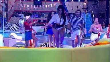 Rízia inaugura camarote da Festa Aqualoucos - Sister inaugura camarote
