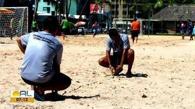 Conheça mais sobre o goalpost, uma nova modalidade de futebol com barras pequenas - Ele é praticado em quadra e está sendo adaptado para praia.