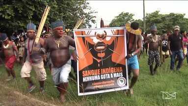 Tribos indígenas realizam manifestação em Santa Inês - Eles me fizeram uma caminhada pelas ruas da cidade.