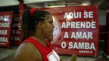 Conheça a história de duas mulheres apaixonadas pelas escolas de samba do coração - São as guerreiras da Unidos de Padre Miguel e da Renascer de Jacarepaguá.