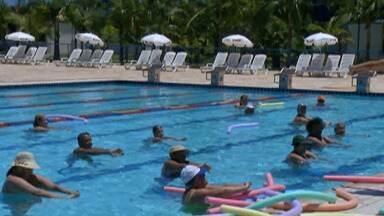 Sesi Suzano oferece opções para toda a família se divertir no verão - Espaço tem quadras, ginásios, quiosque com churrasqueira, playground e o mais importante neste calor: a piscina.