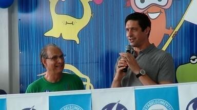 Gustavo Borges participa de ação com jovens nadadores em Rio Grande - Medalhista olímpico, o ex-atleta falou sobre carreira e método para incentivar a formação de novos talentos na cidade.
