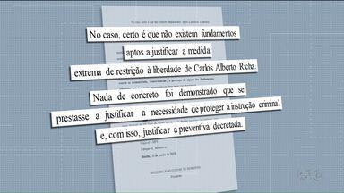 Beto Richa deixa a prisão na manhã desta sexta-feira - Ex governador ficou preso uma semana.