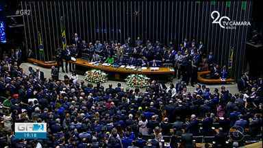 Deputados estaduais tomam posse na Assembleia Legislativa de Pernambuco - A posse dos parlamentares começou às 15h, no Plenário Governador Eduardo Campos, no Edifício Miguel Arraes de Alencar, no Centro do Recife.