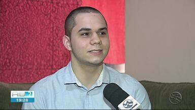 Jovem de Caruaru passa em primeiro lugar no curso de Medicina - Jovem vai estudar na Universidade Federal de Pernambuco