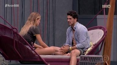 Maycon e Isabella discutem a relação na casa - A confusa relação ganha novos rumos
