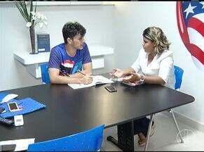 Cresce a procura pelo aprendizado de uma língua estrangeira entre os brasileiros - Para melhorar o currículo, brasileiros procuram cada vez mais o aprendizado de idiomas estrangeiros.