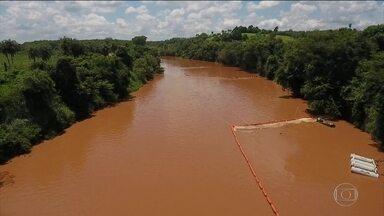 Prefeitura de Pará de Minhas (MG) decreta situação de emergência - Vale conclui instalação das três barreiras de contenção no rio Paraopeba.