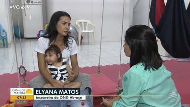 'Abraço a Microcefalia': ONG dá assistência e tratamento para crianças com a doença - Para colaborar com a ONG ligue para (71) 99630-7875.