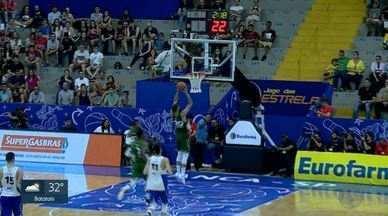 Ginásio Pedrocão fica lotado no Jogo das Estrelas em Franca, SP - Jogo movimenta fãs de basquete da cidade.