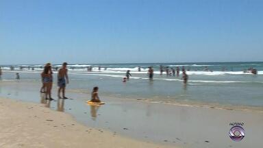 Guarda-vidas alertam para perigo de afogamentos em Torres - Assista ao vídeo.