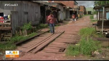 Estrutura danificada de ponte no bairro da Pratinha preocupa moradores - Ponte é bastante utilizada pela comunidade.