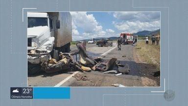 Acidente deixa uma pessoa morta na BR-459, em Ipuiúna (MG) - Acidente deixa uma pessoa morta na BR-459, em Ipuiúna (MG)
