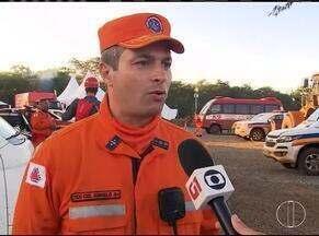 Bombeiros continuam buscas por 155 corpos desaparecidos após tragédia em Brumadinho - Equipe de 400 militares trabalha no local.