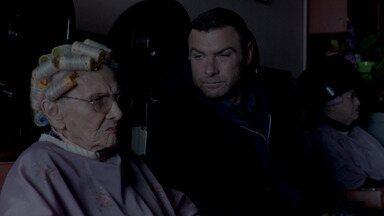 Novo Aniversário - Ray vai a Boston com a missão de encontrar Sully. O passado de Ray reaparece quando o agente Miller avança na investigação que Mickey foi condenado.