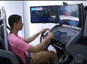 Uso de simuladores vai deixar de ser obrigatório nas autoescolas - Medida foi anunciada pelo Presidente Jair Bolsonaro.