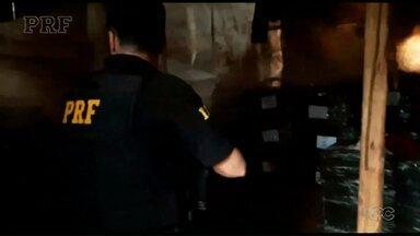 PRF flagra contrabando escondido em aldeia indígena - Flagrante foi no município de Terra Roxa.