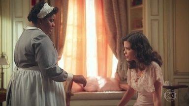 Cris/Julia se sente mal e Bendita percebe - Bendita decide fazer uma gemada para Julia recuperar as forças