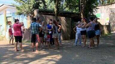 Cerca de 300 famílias assinam acordo para liberar espaço na obra da nova Ponte do Guaíba - Ao todo são 580 famílias.